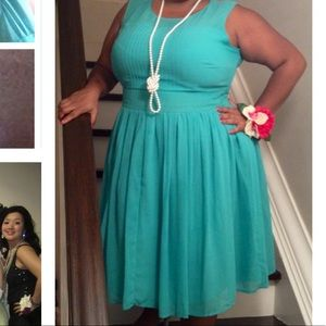Seefoam green dress